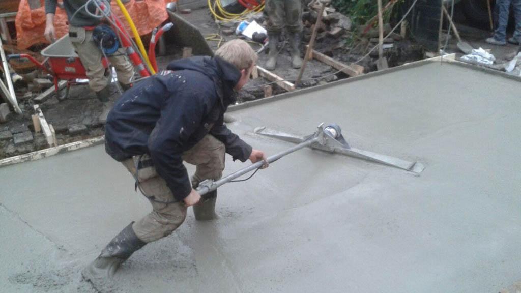 Uitvullen beton fundering